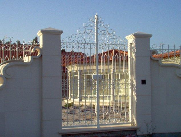iron-art-gates-03.jpg