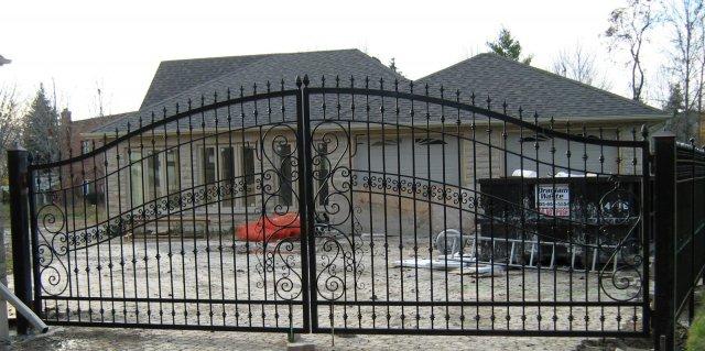 iron-art-gates-09.jpg