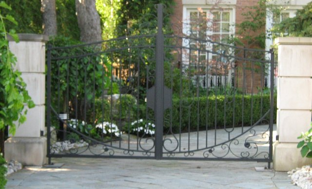 iron-art-gates-10.jpg