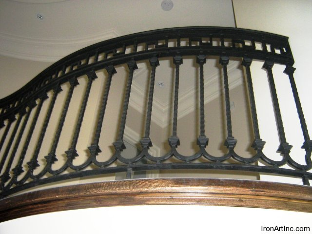 iron-art-stairs-03.jpg