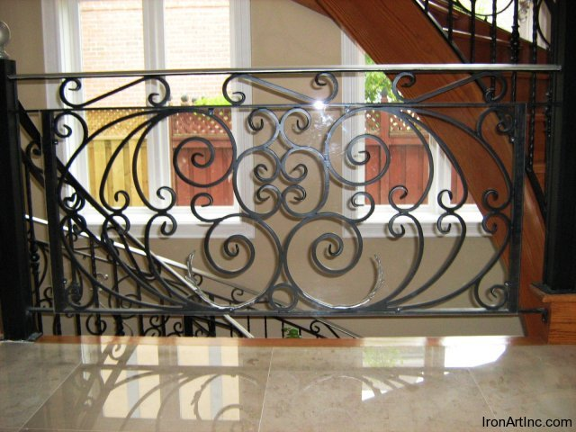 iron-art-stairs-12.jpg